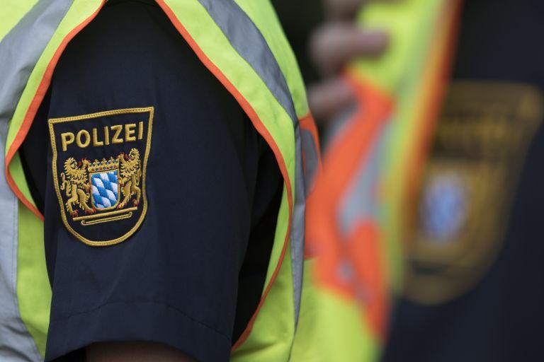 Γερμανία: Ελεύθερος βασικός συνεργός ομάδας νεοναζί που είχε δολοφονήσει 10 ανθρώπους   tanea.gr