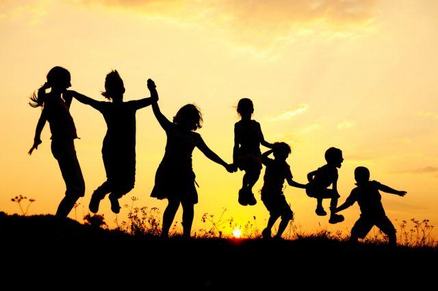 Απαραίτητο το παιχνίδι για την ανάπτυξη των παιδιών   tanea.gr