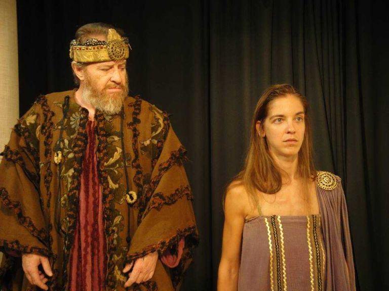 Η «Αντιγόνη» μιλάει αρχαία ελληνικά στο Αλσος Γαλατσίου   tanea.gr