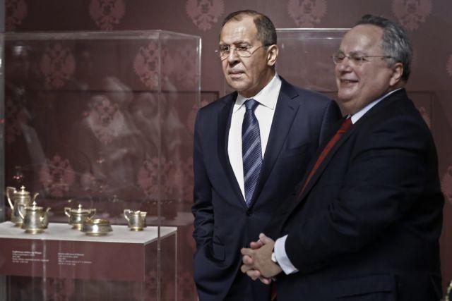 Κλιμακώνεται η ένταση μεταξύ Ελλάδας και Ρωσίας | tanea.gr