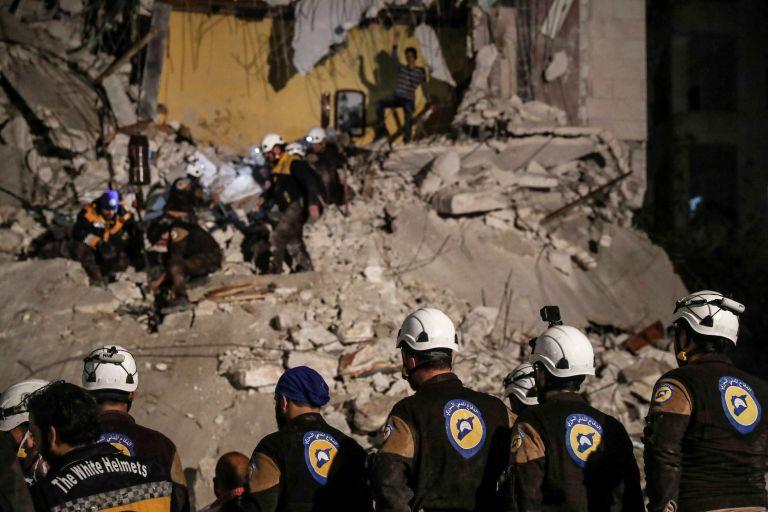 Εγκατέλειψαν τη Συρία μέλη της οργάνωσης «Λευκά Κράνη»   tanea.gr
