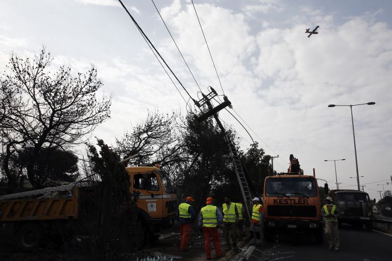 ΔΕΔΔΗΕ: Σταδιακή αποκατάσταση της ηλεκτροδότησης στης πληγείσες περιοχές | tanea.gr