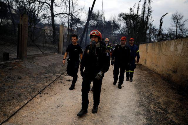 Δραματικές ώρες για τους δεκάδες αγνοουμένους   tanea.gr