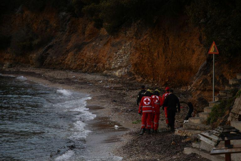 Μαρτυρία σοκ από το Μάτι: Κάναμε ανάνηψη σε αναίσθητο βρέφος   tanea.gr