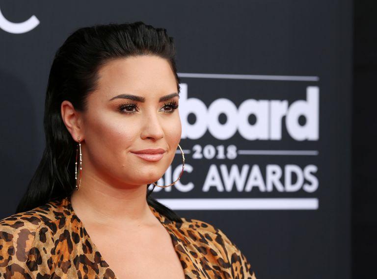 Demi Lovato : Στο νοσοκομείο από υπερβολική δόση ηρωίνης | tanea.gr