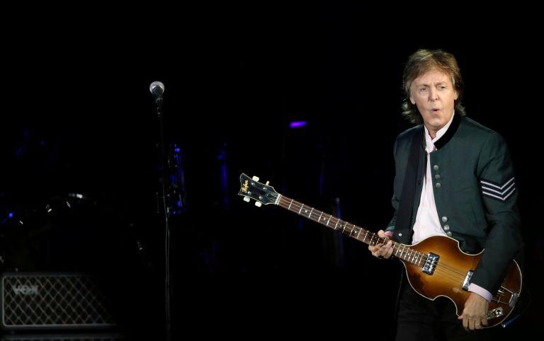 Ο Πολ Μακ Κάρτνεϊ επιστρέφει στο The Cavern Club για μια συναυλία έκπληξη | tanea.gr