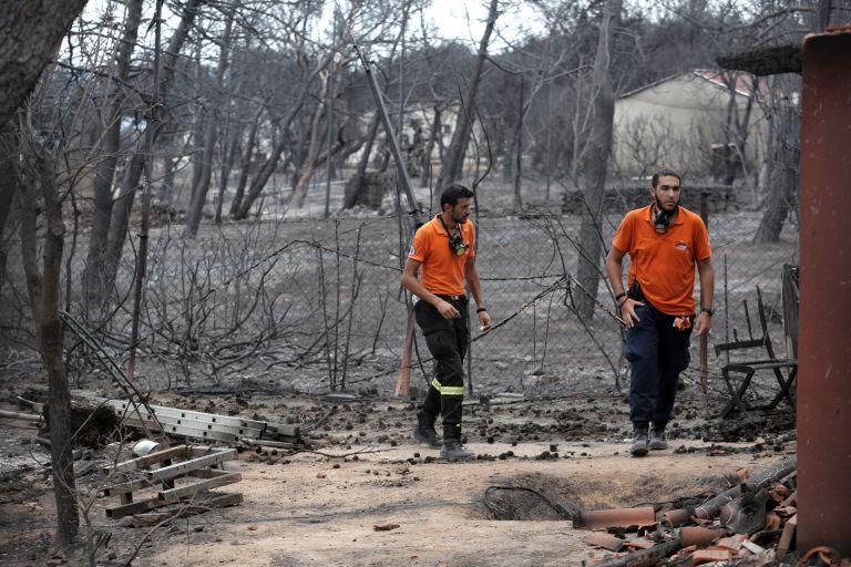 Εθελοντές Πυροσβέστες: Διαψεύδουν ότι έμειναν νηστικοί στις πυρκαγιές | tanea.gr