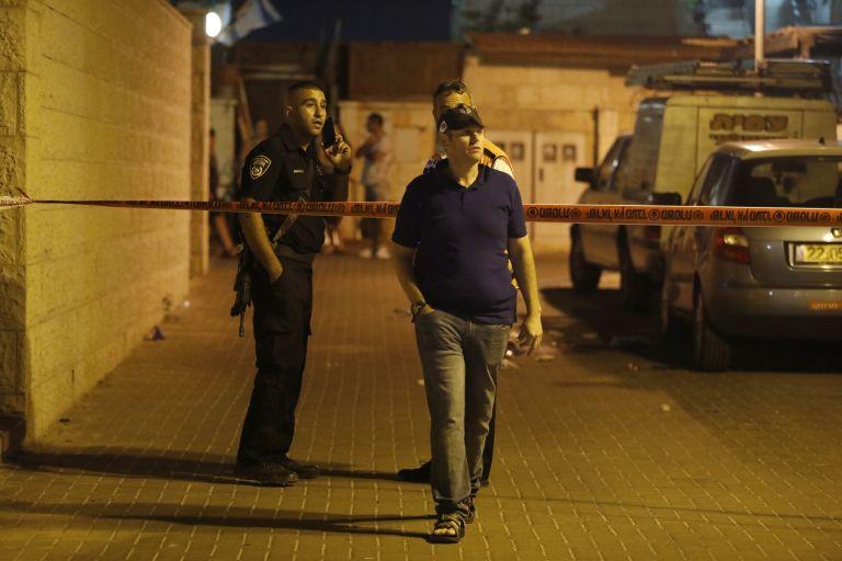 Τρεις Ισραηλινοί τραυματίστηκαν από επίθεση με μαχαίρι | tanea.gr