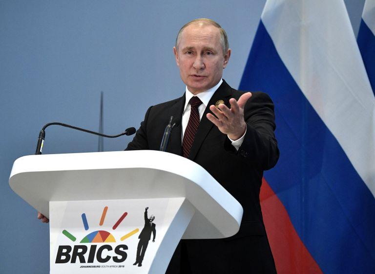 Πούτιν : Είμαι έτοιμος να πάω στον Λευκό Οίκο ή …   tanea.gr