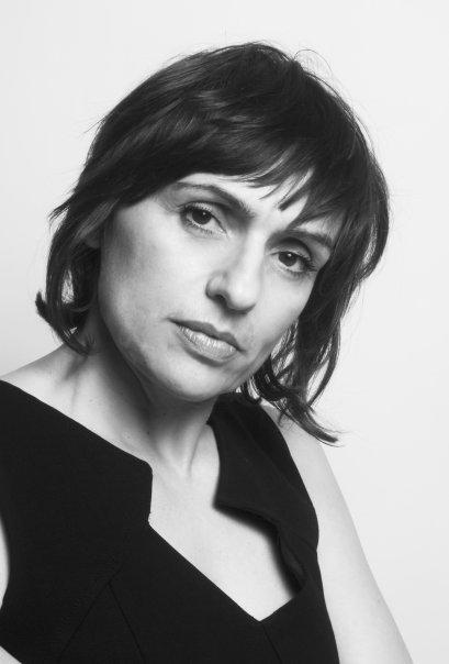Η συγγραφέας Ελισάβετ Παπαδοπούλου περιγράφει τον εφιάλτη που έζησε στο Μάτι | tanea.gr
