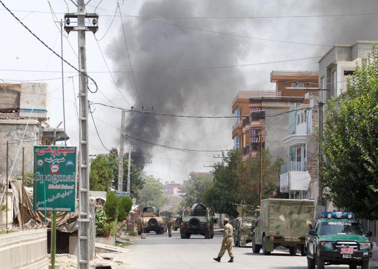 Λεωφορείο έπεσε σε νάρκη στο Αφγανιστάν – Οκτώ νεκροί   tanea.gr