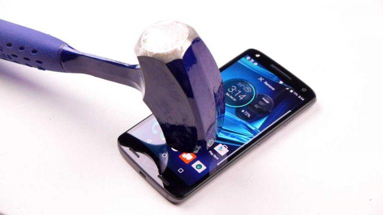 Aθραυστη οθόνη κινητών τηλεφώνων από την Samsung | tanea.gr