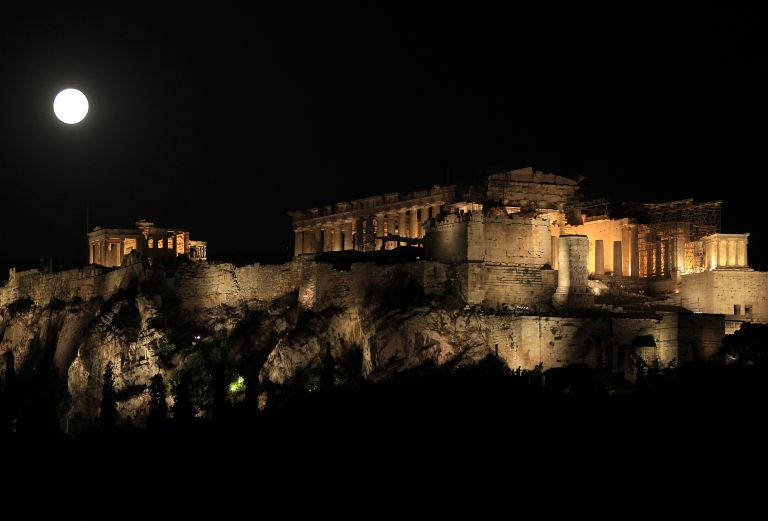 Ανοιχτοί 132 αρχαιολογικοί χώροι για την Πανσέληνο του Αυγούστου   tanea.gr