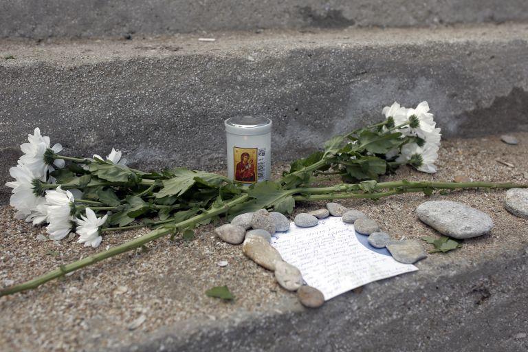 Τραγωδία δίχως τέλος: Πέθανε και η μητέρα του βρέφους που χάθηκε στις φλόγες | tanea.gr