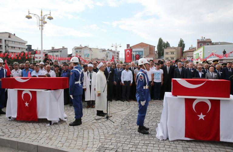 Τουρκία: Ο Ερντογάν προτίθεται να επαναφέρει τη θανατική ποινή | tanea.gr