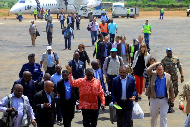Ο ΠΟΥ φοβάται το νέο ξέσπασμα του ιού Εμπολα στην Αφρική | tanea.gr