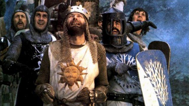Στο φως άγνωστα σκίτσα και κομμένες σκηνές των Monty Python   tanea.gr