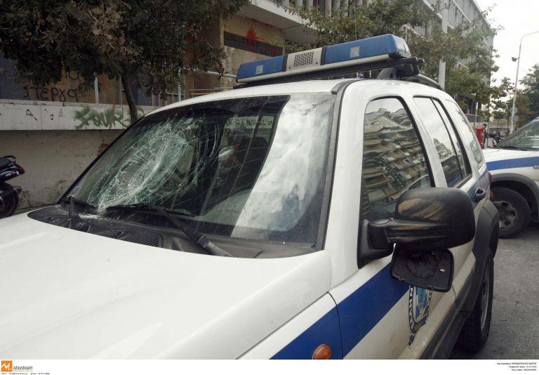Εδεσσα: Σύλληψη νεαρού που τραυμάτισε τον πατέρα του   tanea.gr