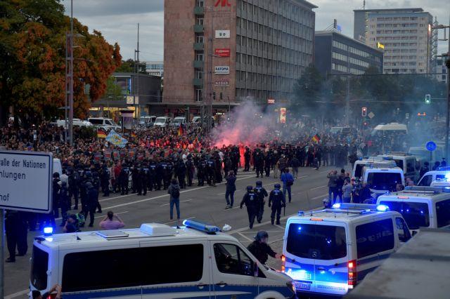 Γερμανία: Ακροδεξιοί διέδιδαν «ψευδείς ειδήσεις» στο Κέμνιτς | tanea.gr