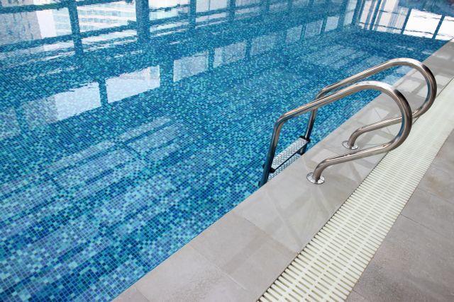Συσκευή εντοπίζει αν ένα παιδί πνίγεται στην πισίνα | tanea.gr