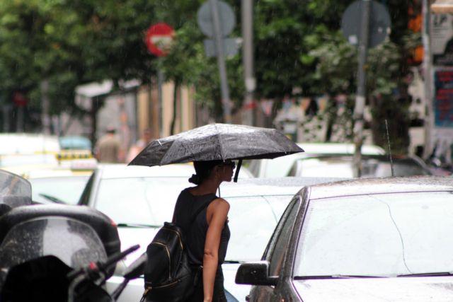 Επιδείνωση καιρού : Βροχές και καταιγίδες τη Δευτέρα | tanea.gr