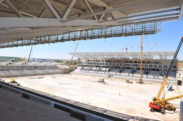 Αναβαθμίζονται οι αθλητικές εγκαταστάσεις στον Πειραιά | tanea.gr
