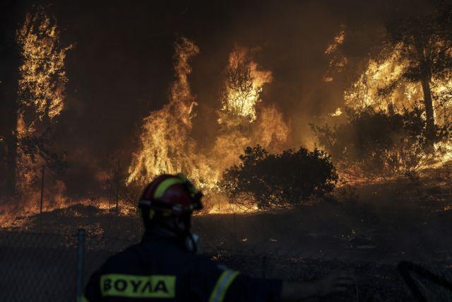 Μάτι : Άφαντη η Πυροσβεστική στα τηλέφωνα της ΕΛ.ΑΣ | tanea.gr