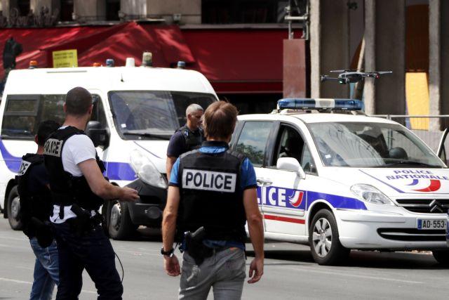 Αναζητείται οδηγός που έπεσε με το αυτοκίνητο σε είσοδο τεμένους   tanea.gr