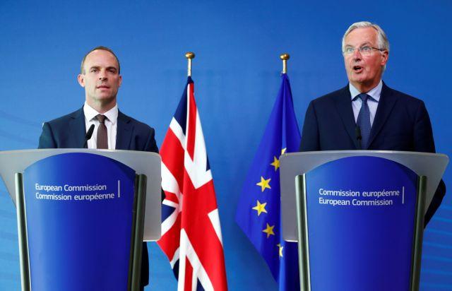 Σε συνεχή διαπραγμάτευση Βρυξέλλες και Λονδίνο για Brexit | tanea.gr
