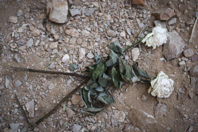 Καρέ-καρέ η επίθεση της συμμορίας του Φιλοπάππου σε τουρίστριες | tanea.gr