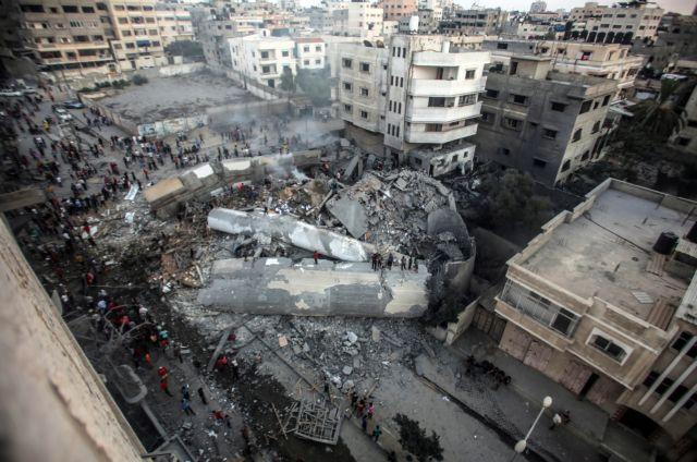 18 τραυματίες από αεροπορικές επιδρομές | tanea.gr