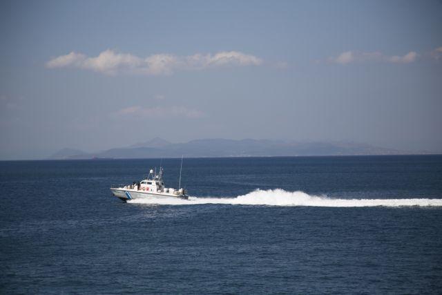 Πρόκληση Τουρκίας στην επιχείρηση διάσωσης ανοιχτά των Οινούσσων   tanea.gr