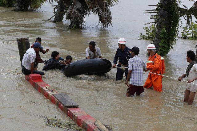 Μιανμάρ: Χιλιάδες απομακρύνθηκαν από τις εστίες τους | tanea.gr