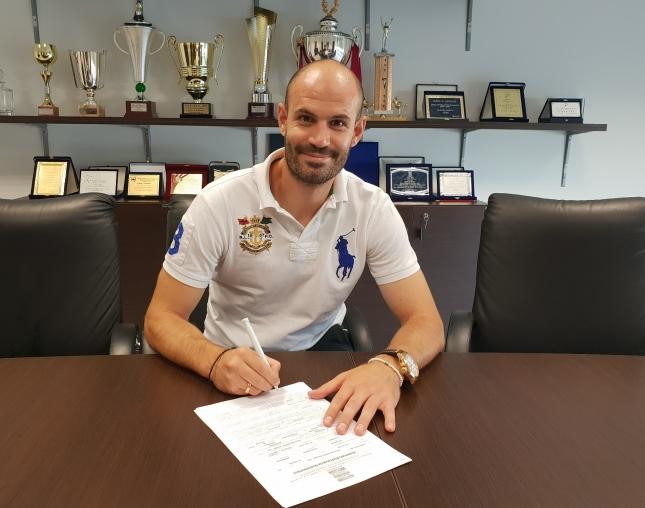 Η ΑΕΛ ανακοίνωσε Τσιποτσέρη και Ακόστα | tanea.gr