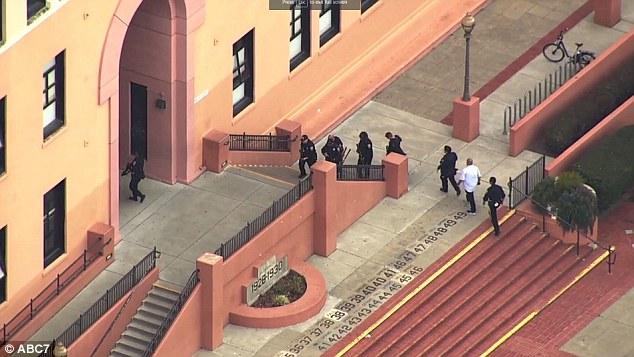Τραυματισμός από πυροβολισμούς σε σχολείο του Σαν Φρανσίσκο | tanea.gr