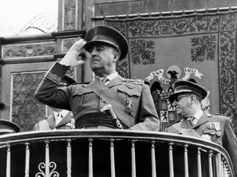 Ενα βήμα πριν να ξεκινήσει η διαδικασία εκταφής του πρώην δικτάτορα, Φράνκο | tanea.gr