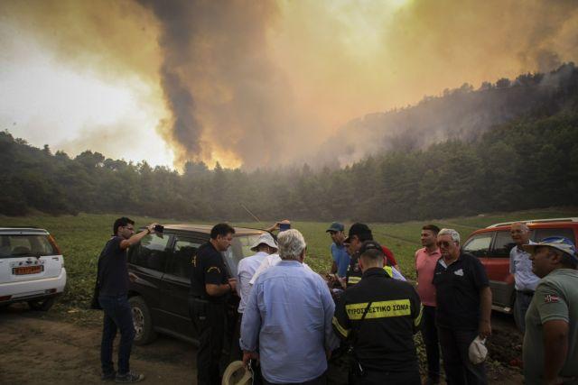 Σε ύφεση η πυρκαγιά στη Δαφνιώτισσα   tanea.gr