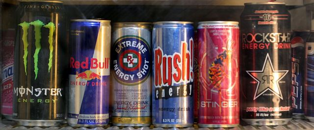 Το Λονδίνο εξετάζει την απαγόρευση πώλησης «ενεργειακών ποτών» σε παιδιά | tanea.gr