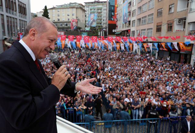 Ο Ερντογάν και ο ξένος δάκτυλος | tanea.gr