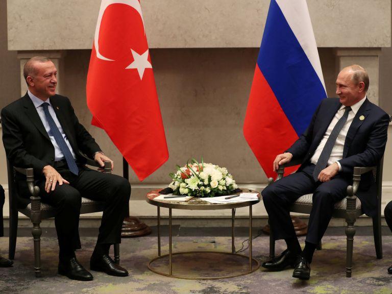 Προστασία στον Πούτιν αναζητεί ο Ερντογάν   tanea.gr