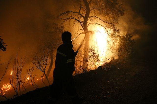 Συνεχίζεται η μάχη με τις φλόγες στην Εύβοια – Δύο ενεργά μέτωπα   tanea.gr