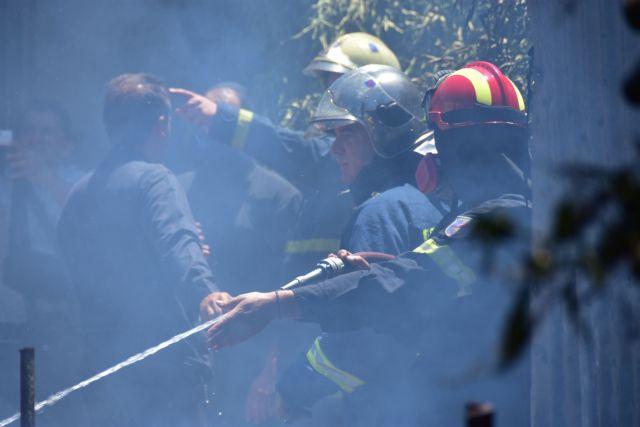 Φωτιά σε εταιρεία ανακύκλωσης στη Σίνδο | tanea.gr