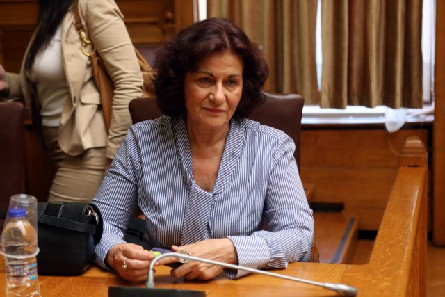 Φωτίου: Οι δικαιούχοι του ΚΕΑ πρέπει να κάνουν αίτηση κάθε χρόνο | tanea.gr