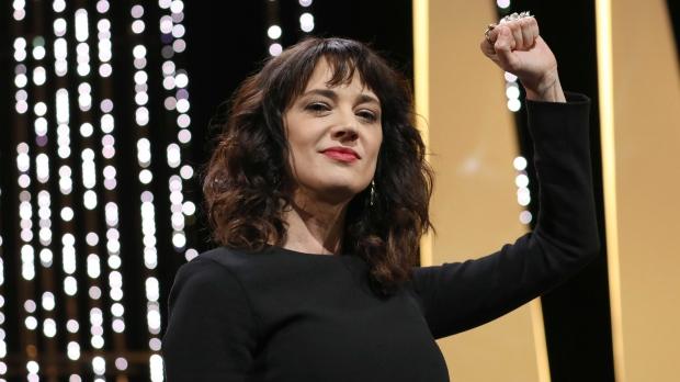 Asia Argento : Η φωνή του #MeToo κατηγορείται για σεξουαλική παρενόχληση | tanea.gr