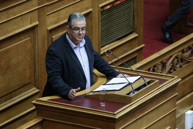 ΚΚΕ: Επικοινωνιακό κόλπο οι παραιτήσεις | tanea.gr