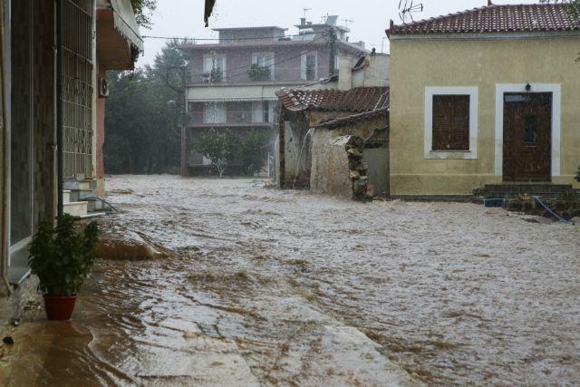 Ξεκίνησαν αντιπλημμυρικά στη Μάνδρα | tanea.gr