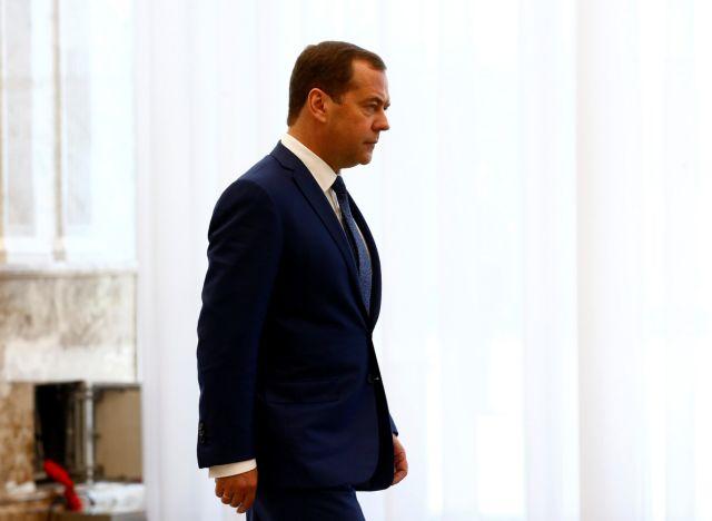Μεντβέντεφ: Κλιμάκωση κυρώσεων θα θεωρηθεί κήρυξη οικονομικού πολέμου | tanea.gr
