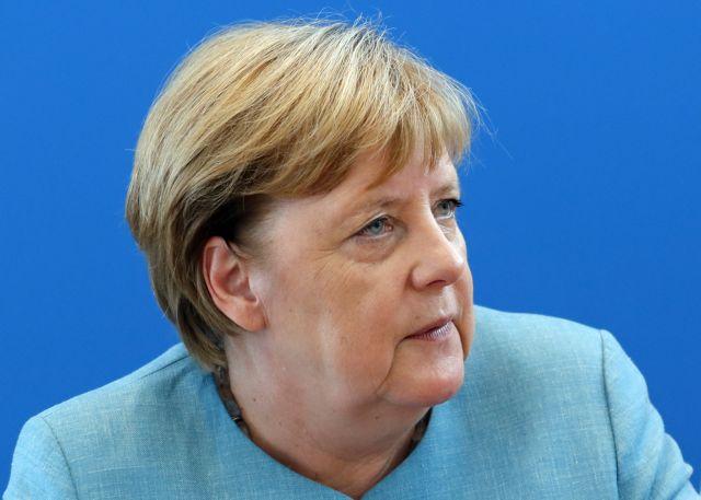 Εκπρόσωπος Μέρκελ: Η Ελλάδα να συνεχίσει στον ίδιο δρόμο | tanea.gr