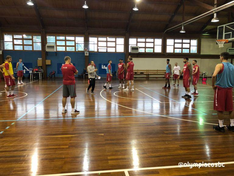 Ο Ολυμπιακός συνεχίζει τη σκληρή δουλειά στο Μέτσοβο | tanea.gr