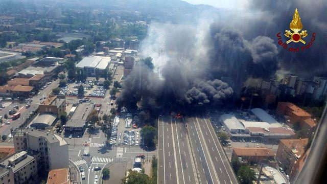 Μπολόνια : Δύο νεκροί και 60 τραυματίες | tanea.gr